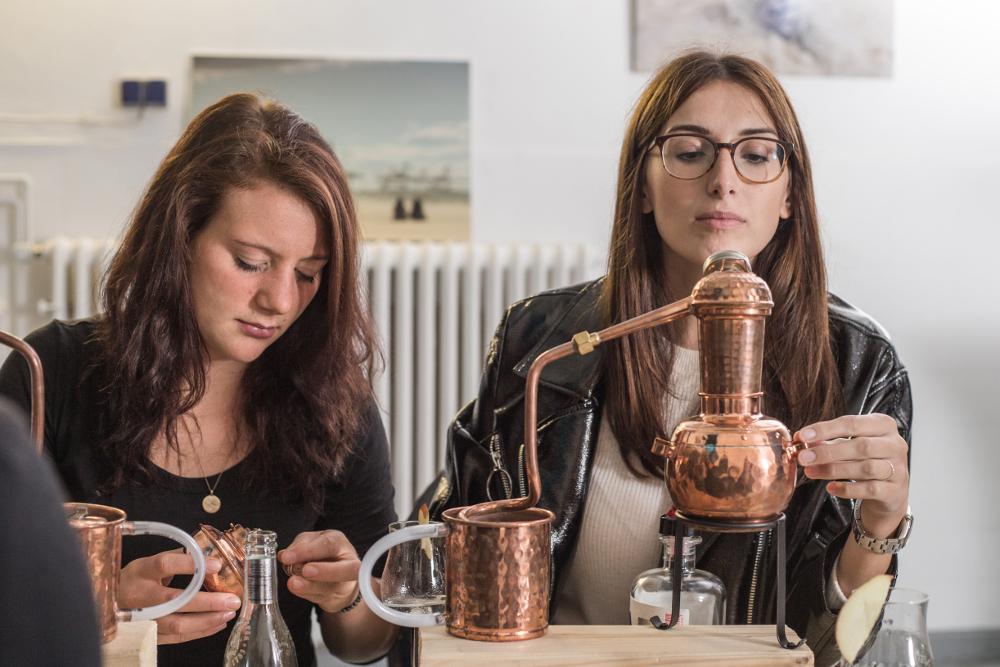 Gin selber machen beim Gin Seminar in Hannover
